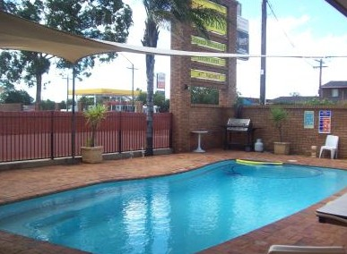Town And Country Motor Inn Cobar - Yamba Accommodation