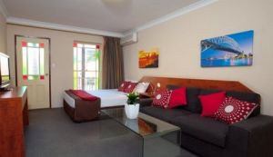Central Railway Hotel - Yamba Accommodation