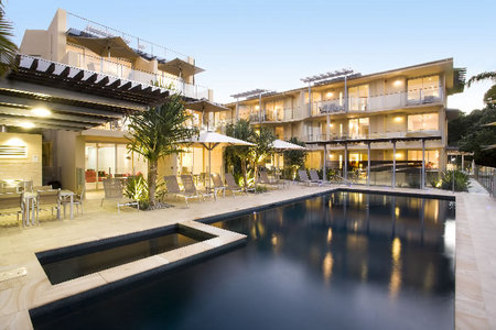 Maison Noosa Luxury Beachfront Resort - Yamba Accommodation