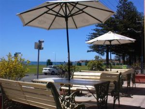 Anchorage At Victor Harbour Seafront Hotel - Yamba Accommodation