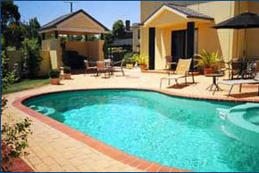 Hopkins House Motel  Apartments - Yamba Accommodation