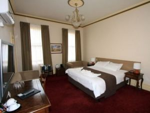 Glenferrie Hotel - Yamba Accommodation