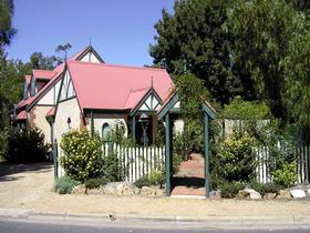 The Dove Cote - Yamba Accommodation