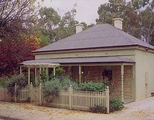 Miriams Cottage - Yamba Accommodation