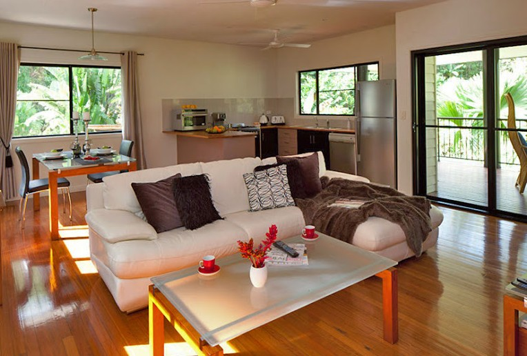 Misty Mountains Tropical Rainforest Romantic Retreat - Yamba Accommodation