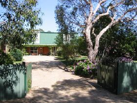 Pelican Bay Bed and Breakfast - Yamba Accommodation