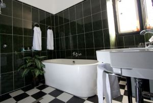 Amore Boutique Bed and Breakfast - Yamba Accommodation