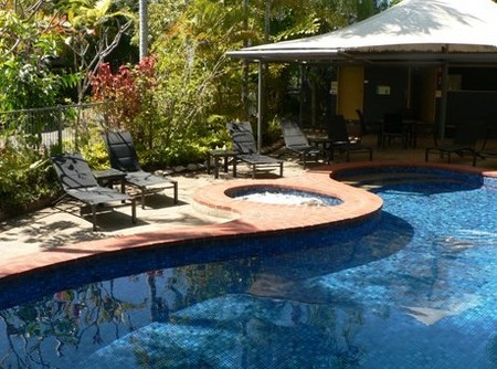 At The Mango Tree Holiday Apartments - Yamba Accommodation