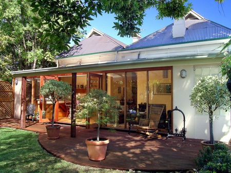 North Adelaide Heritage Apartments Bishops Garden - Yamba Accommodation
