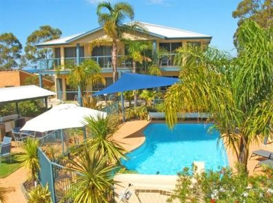 Sorrento Luxury Apartments - Yamba Accommodation