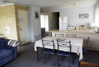 Beachside Motor Inn - Yamba Accommodation