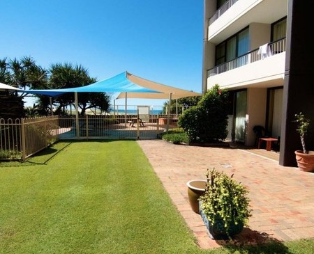 President Holiday Apartments - Yamba Accommodation