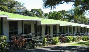 Villa Coolum - Yamba Accommodation