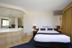 Best Western City Park Hotel - Yamba Accommodation