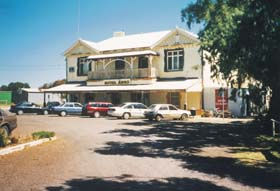 Arno Bay Hotel Motel - Yamba Accommodation