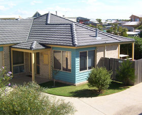 Surfcoast Cottages - Yamba Accommodation