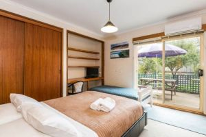 Beachside Accommodation Torquay - Yamba Accommodation