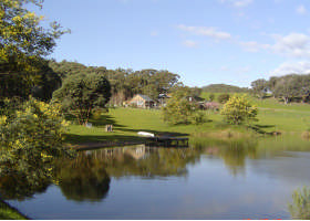 Cloud End Accommodation - Yamba Accommodation