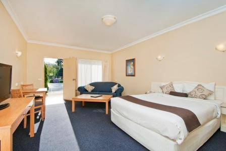 Nagambie Waterfront Motel - Yamba Accommodation