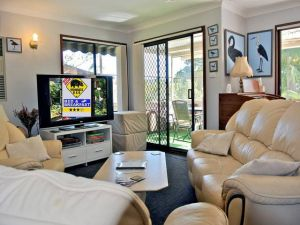 WOMBATS BB - Apartments - AAA 3.5 rated Gosford - Yamba Accommodation