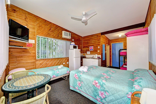 Bargara Gardens Motel and Holiday Villas - Yamba Accommodation