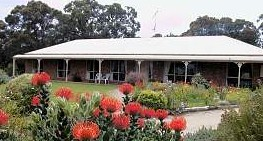 Between The Bays Retreat - Yamba Accommodation