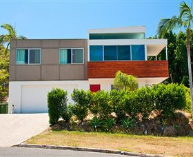 Hilltop Mansion Gold Coast - Yamba Accommodation