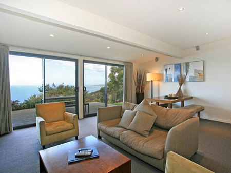 Beacon Point Ocean View Villas - Yamba Accommodation
