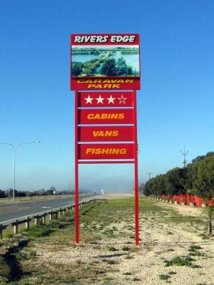 Rivers Edge Caravan Park - Yamba Accommodation