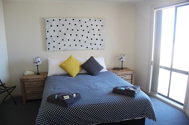 Cliff House Beachfront Villas - Yamba Accommodation