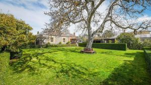 Kyneton Old Rectory - Yamba Accommodation