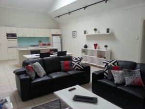 Studio One Accommodation - Yamba Accommodation