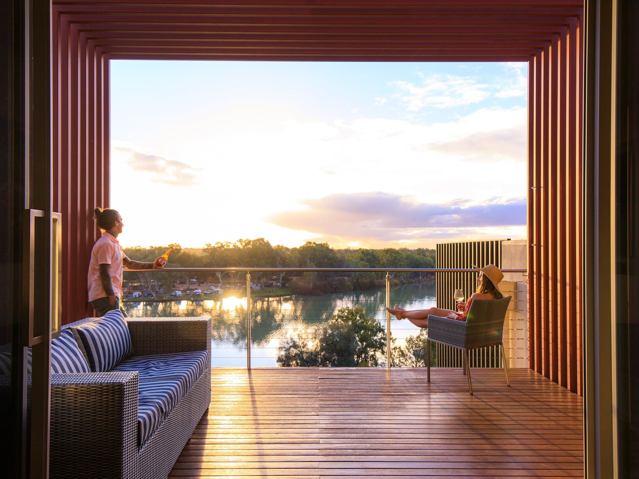 The Frames - Luxury Riverland Accommodation - Yamba Accommodation