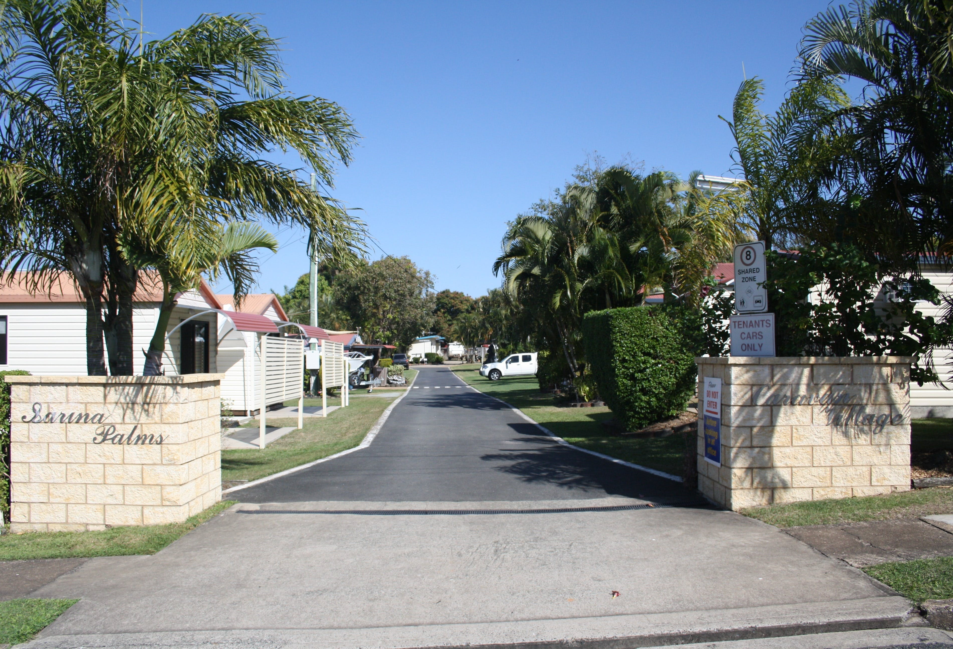 Sarina Palms Caravan Village - Yamba Accommodation