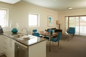 Baileys Serviced Apartments - Yamba Accommodation