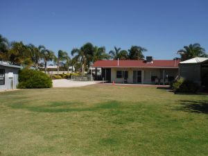 The Palms - Yamba Accommodation