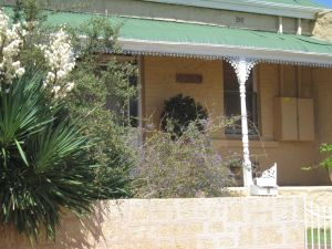 Amalie Cottage - Yamba Accommodation