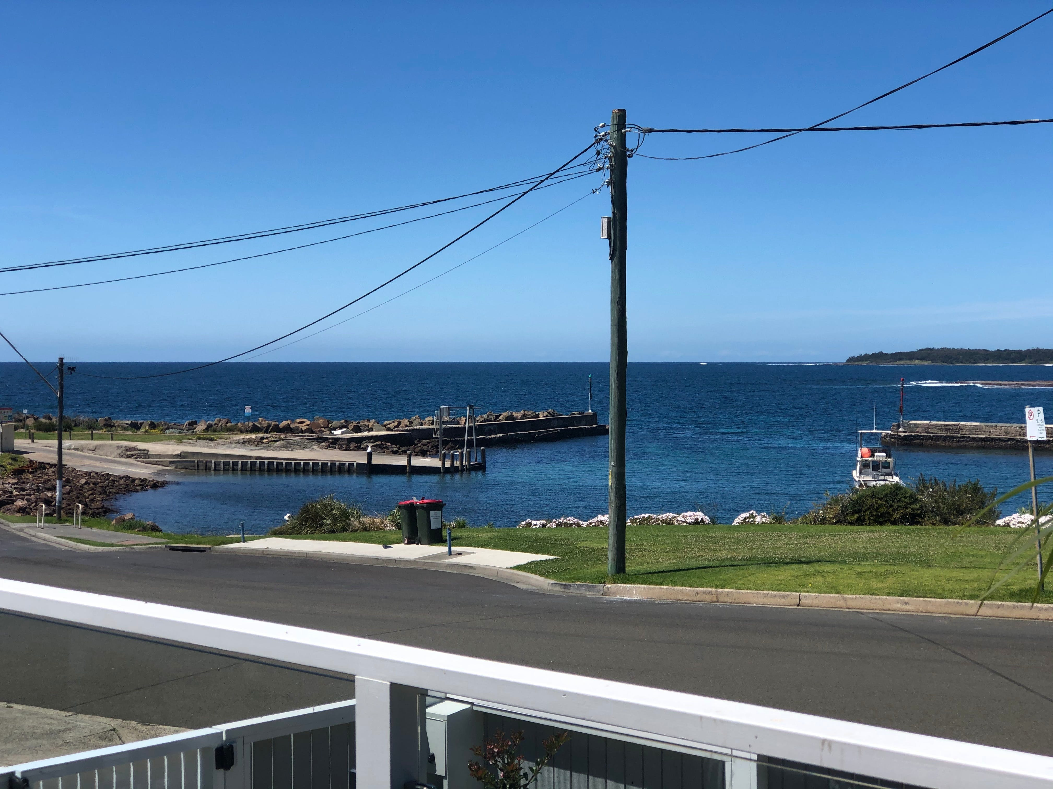 Escape at the Harbour - Yamba Accommodation
