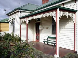 Isabella at Kyneton - Yamba Accommodation