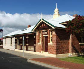 Artgeo Cultural Complex - Old Courthouse - Yamba Accommodation