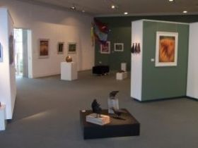 Warwick Art Gallery - Yamba Accommodation