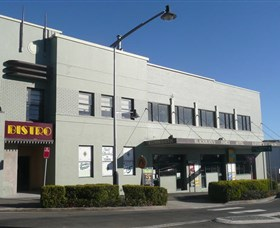Katoomba Family Hotel and Restaurant - Yamba Accommodation