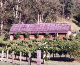 Undercliff Winery and Gallery - Yamba Accommodation
