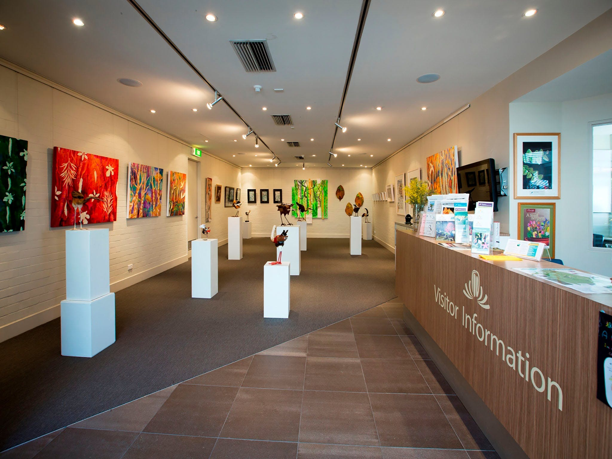 Australian National Botanic Gardens Visitor Centre Gallery - Yamba Accommodation