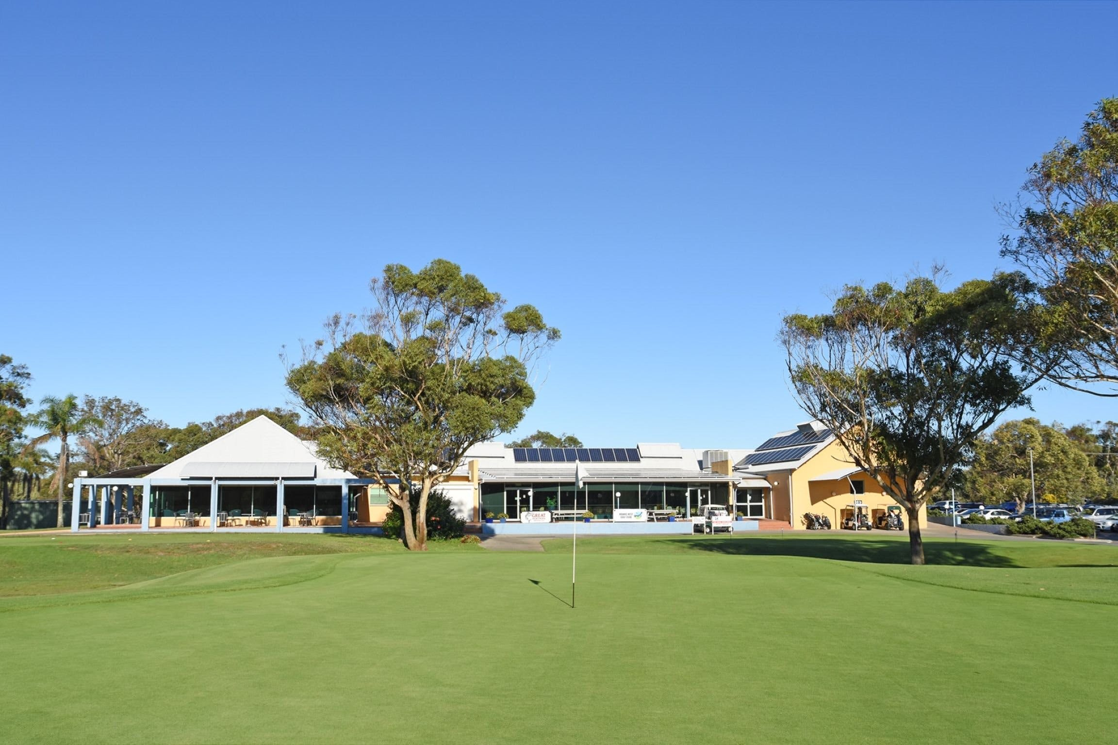 Hawks Nest Golf Club - Yamba Accommodation