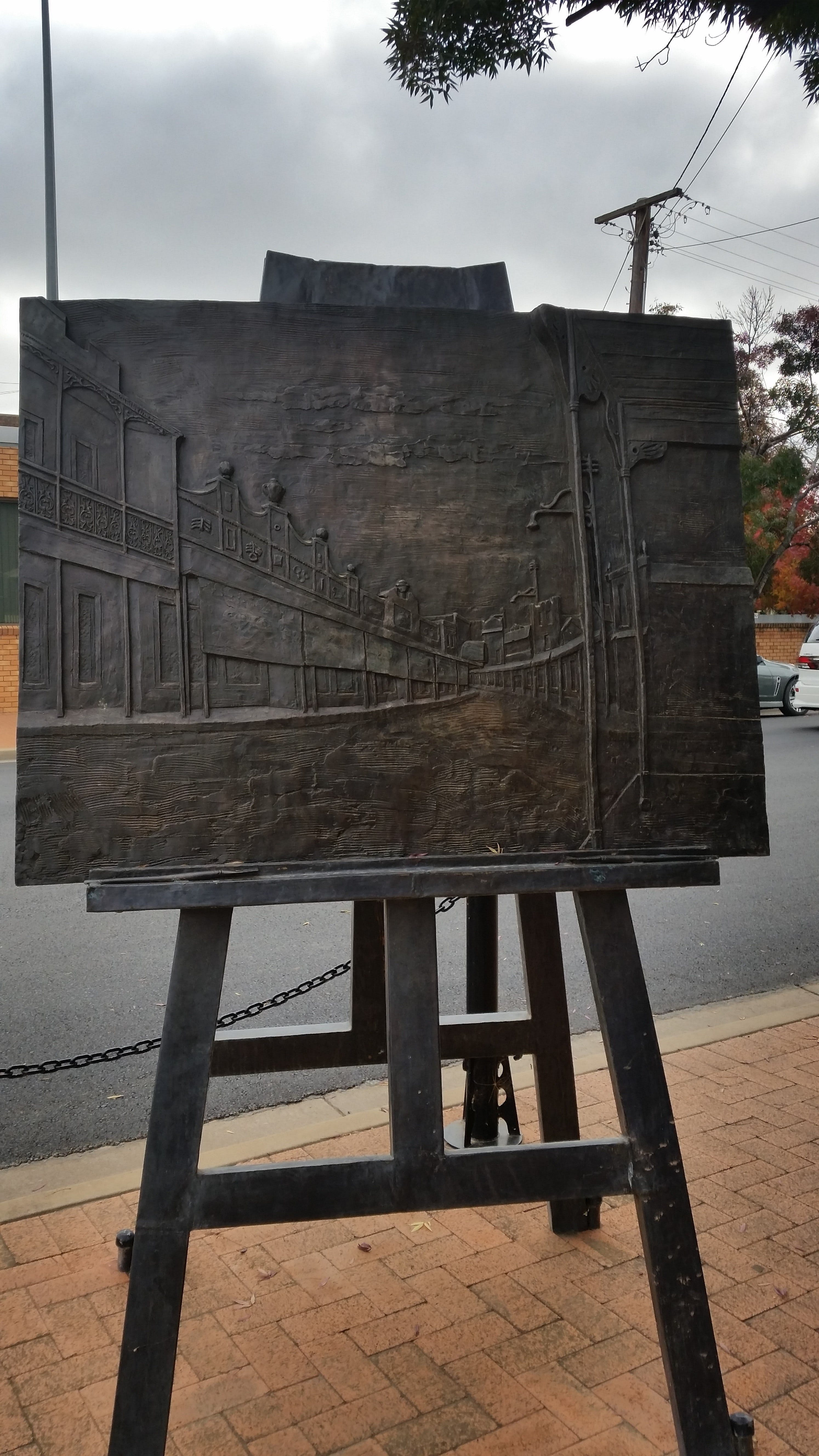 Russell Drysdale Easel Sculpture - Yamba Accommodation