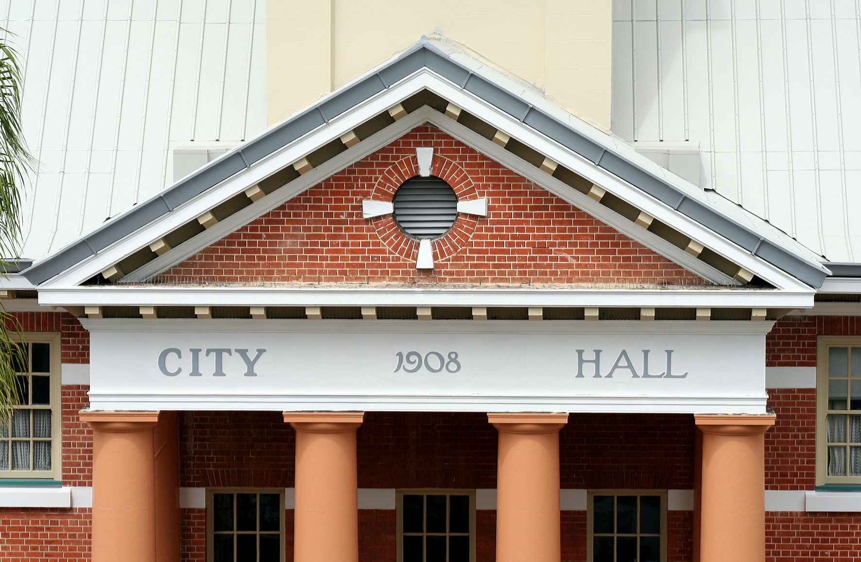 Maryborough City Hall - Yamba Accommodation