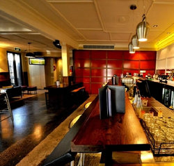 Golden Gate Hotel - Yamba Accommodation
