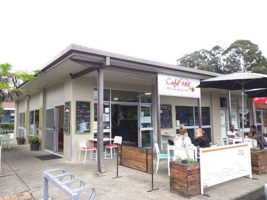 Cafe 180 - Yamba Accommodation