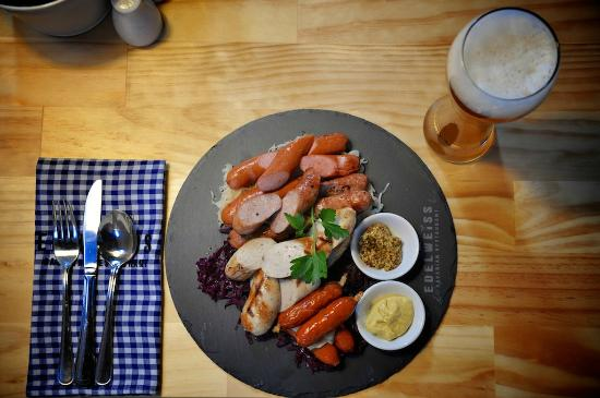 Edelweiss Bavarian Restaurant - Yamba Accommodation